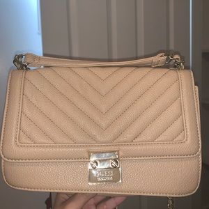 Guess Crossbody purse!